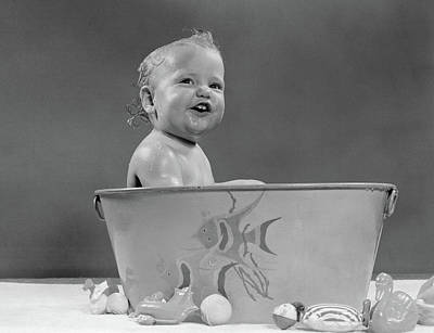 Washtubs Photograph - 1940s 1950s Smiling Baby In Bath Tub by Vintage Images