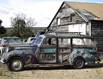 Old Woody Station Wagon Wall Art - Photograph - 1940s Era Packard Wood-panel Wagon by Daniel Hagerman