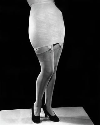 1940s Fashion Woman From Waist Art Print