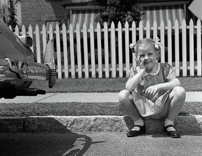 1940s Girl Sitting On Curb With Tooth Art Print