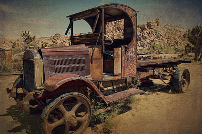 Photograph - 1940s Mack Truck by Sandra Selle Rodriguez