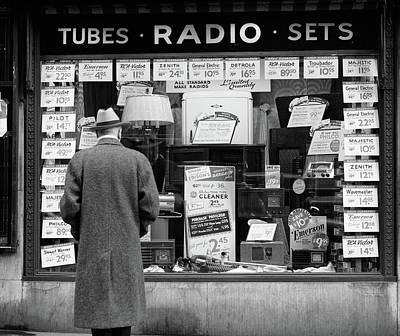 1940s Man Looking At Window Display Art Print