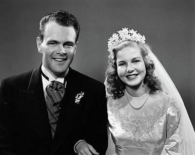 1940s Portrait Of Bride And Groom Art Print