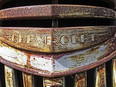 Old Trucks Photograph - 1946 Chevrolet Truck Grill And Emblem by Daniel Hagerman