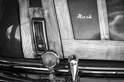 And Nash Photograph - 1947 Nash Suburban Taillight Emblem -1188bw by Jill Reger