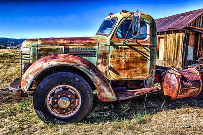 Photograph - 1948 International Heavy Hauler by Jim McCain