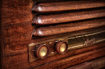 Stain Photograph - 1948 Mantola Radio by Scott Norris
