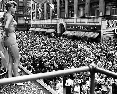 Minneapolis-st. Paul Photograph - 1950 Aqua Queen Aquatennial Looks Over Crowd by Retro Images Archive