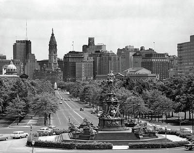 Eakins Oval Photograph - 1950s Benjamin Franklin Parkway Looking by Vintage Images