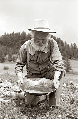 Gold Pan Photograph - 1950s Male Prospector Panning For Gold by Vintage Images