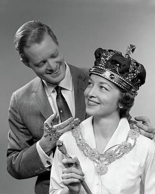 1950s Man Holding Royal Necklace Art Print