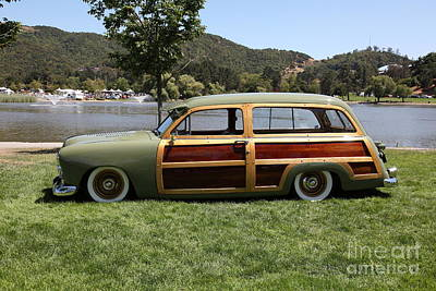 Old Woody Station Wagon Wall Art - Photograph - 1951 Ford Woody Stationwagon 5d23591 by Wingsdomain Art and Photography