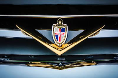Car Emblem Photograph - 1952 Lincoln Derham Town Car Grille Emblem -0427c by Jill Reger