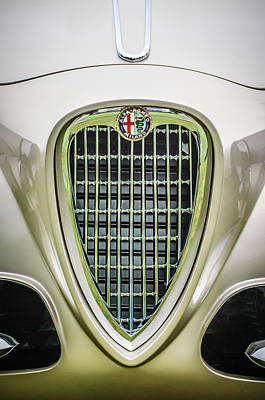 Photograph - 1955 Alfa Romeo 1900 Css Ghia Aigle Cabriolet Grille Emblem -0564c by Jill Reger
