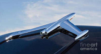 Photograph - 1956 Oldsmobile Hood Ornament by Kevin McCarthy