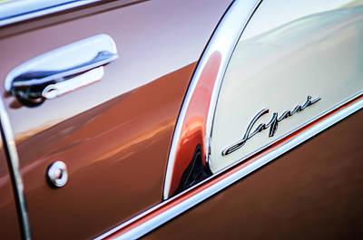 Wagon Photograph - 1956 Pontiac Safari Station Wagon Emblem -0545c by Jill Reger