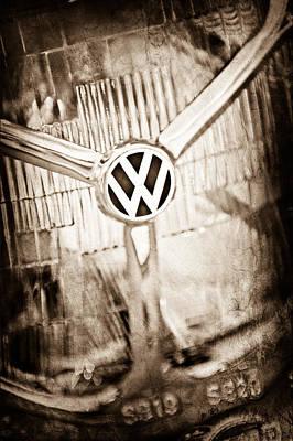 1956 Volkswagen Vw Headlight Emblem Print by Jill Reger