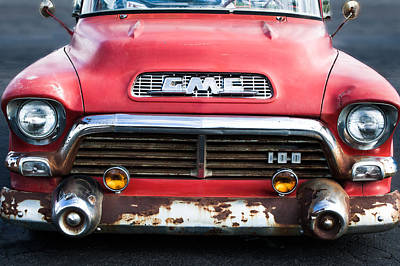 V8 Car Photograph - 1957 Gmc V8 Pickup Truck Grille Emblem by Jill Reger