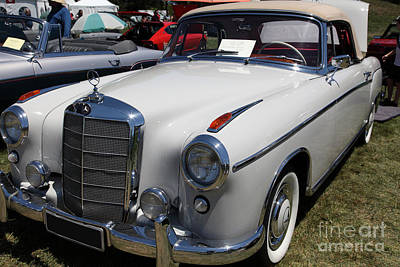 Wing Chee Tong Photograph - 1957 Mercedes Benz 220s Cabriolet 5d23317 by Wingsdomain Art and Photography
