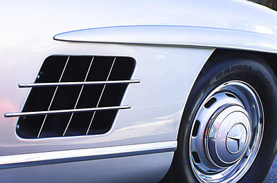 Mercedes Benz 300 Sl Classic Car Photograph - 1957 Mercedes-benz 300 Sl Gullwing Wheel Emblem by Jill Reger