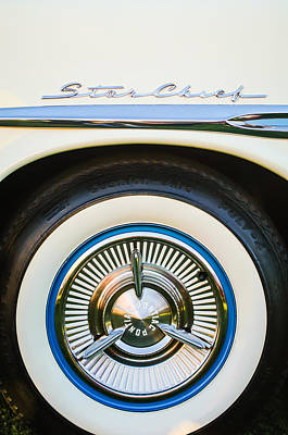 Photograph - 1957 Pontiac Star Chief Hardtop Wheel Emblem -0515c by Jill Reger