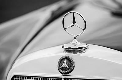Photograph - 1958 Mercedes-benz 220s Cabriolet Hood Ornament - Emblem by Jill Reger
