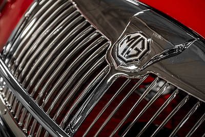 Photograph - 1958 Mga Roadster Grill And Emblem by Ron Pate