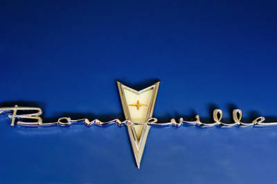 Collector Hood Ornaments Photograph - 1959 Pontiac Bonneville Emblem by Jill Reger