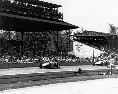 Sixties Photograph - 1960 Indy 500 Race by Underwood Archives