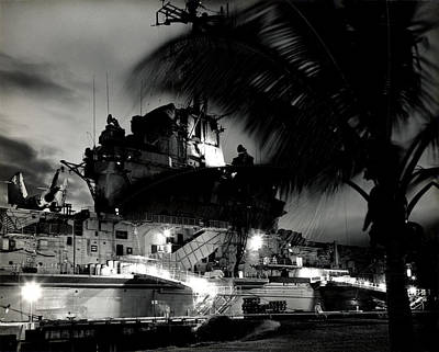 Photograph - 1960 Uss Oriskany At Sunset by Historic Image