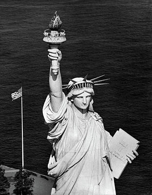 Liberty Memorial Photograph - 1960s Statue Of Liberty Shown by Vintage Images
