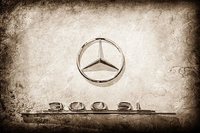 Mercedes Benz 300 Sl Classic Car Photograph - 1961 Mercedes Benz 300sl Roadster Emblem -0585s by Jill Reger