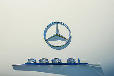 Mercedes Benz 300 Sl Classic Car Photograph - 1961 Mercedes Benz 300sl Roadster Emblem by Jill Reger