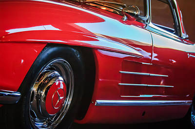 Mercedes Benz 300 Sl Classic Car Photograph - 1962 Mercedes-benz 300sl Roadster Wheel -0669c by Jill Reger