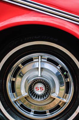 Chevy Ss Wall Art - Photograph - 1963 Chevrolet Ss Convertible Wheel Emblem by Jill Reger