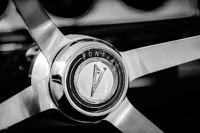 Photograph - 1964 Pontiac Gto Convertible Steering Wheel Emblem -1014bw by Jill Reger