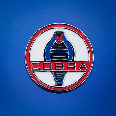 Cobra Wall Art - Photograph - 1964 Shelby Cobra 289 Emblem by Jill Reger