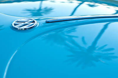 Palm Tree Photograph - 1964 Volkswagen Vw Bug Emblem by Jill Reger