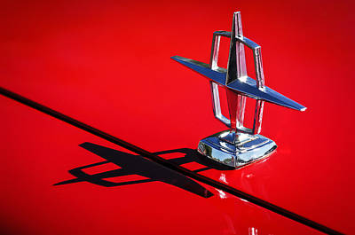 Hood Ornament Photograph - 1967 Lincoln Continental Hood Ornament -1204c by Jill Reger
