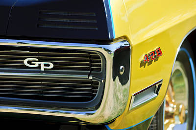 Photograph - 1967 Pontiac Hurst Grand Prix Convertible Grille Emblem -3569c by Jill Reger