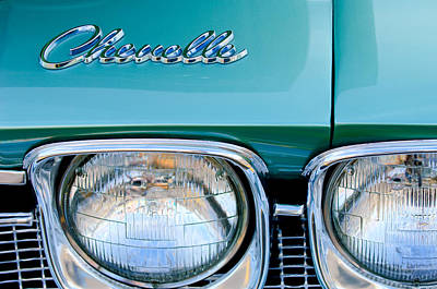 Headlight Photograph - 1968 Chevrolet Chevelle Headlight by Jill Reger