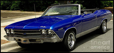 Photograph - 1969 Chevelle 350 by James C Thomas