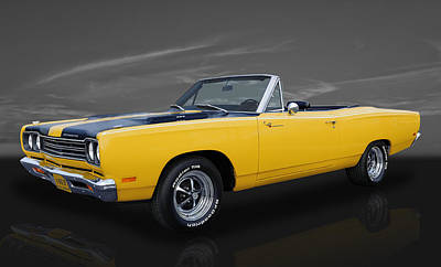 Photograph - 1969 Plymouth Road Runner by Frank J Benz