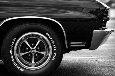 Photograph - 1970 Chevrolet Chevelle Ss 396 by Gordon Dean II