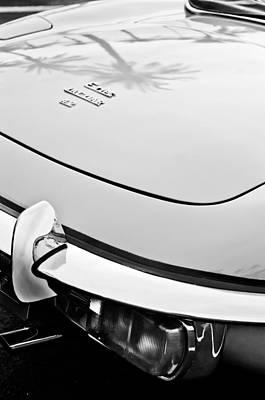 1970 Jaguar Xk Type-e Taillight Emblem Art Print by Jill Reger
