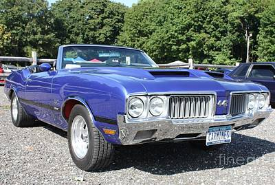 Photograph - 1970 Oldsmobile 442 Convertible by John Telfer
