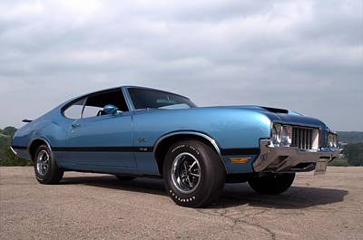 Photograph - 1970 Oldsmobile Cutlass W31 by Tim McCullough