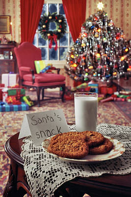 Christmas Cookies Photograph - 1970s Christmas Indoor Living Room by Vintage Images