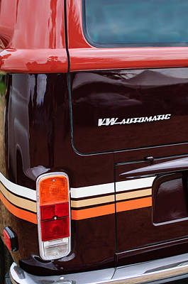Champagne Photograph - 1978 Volkswagen Vw Champagne Edition Bus Taillight Emblem by Jill Reger