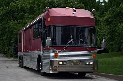 Photograph - 1981 Eagle Motor Coach Rv by Tim McCullough